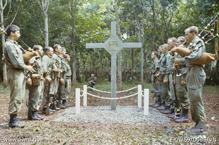 Long Tan Memorial Cross Nui Dat 18 Aug 1969
